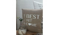 Coussin en Lin THE BEST IS YET TO COME - Création Francaise Lucy Jeanne - Décoration Original et Chic
