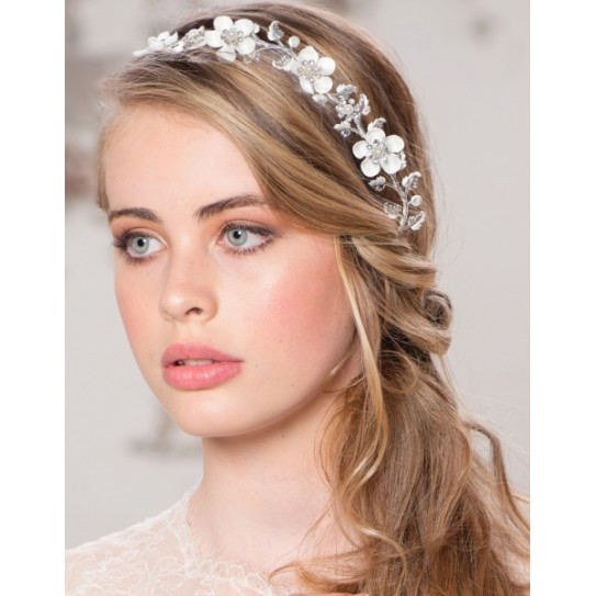 couronne de fleurs maill es headband bijoux de t te coiffure mari e chignon mariage. Black Bedroom Furniture Sets. Home Design Ideas